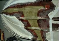 pohjan korjaus 2 l-muoviveneen korjaus pikkukuva